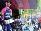 Italsk� cyklista Diego Ulissi oslavuje v�t�zstv� v 8. etap� Giro d�Italia.