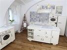 Kuchyně má 25 metrů čtverečních. Vznikla spojením dvou místností.