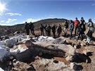 Pozůstatky 40 metrů dlouhého sauropoda byly odhaleny na poli asi 260 kilometrů