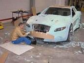 Mercedes CLK a lidov� tvo�ivost s mont�n� p�nou