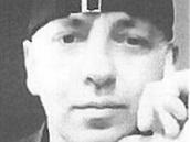 Policie pátrá po osmačtyřicetiletém Kennedym Serafimovskim, který se vetřel do
