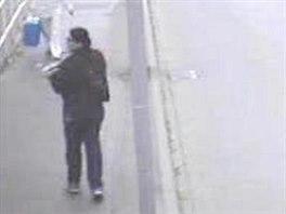 Neznámá žena přišla do nemocnice a nechala tam cizí novorozenou holčičku.