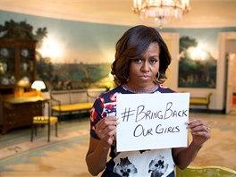 K twitterové kampani za osvobození unesených školaček se připojila i Michelle