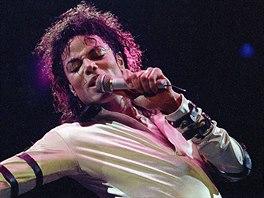 """Fotka z Jacksonova vystoupení v roce 1988, podle kterého """"vymodelovali""""..."""
