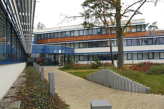 2006–2009: cena putovala k Ing. arch. Karlu Hanzlíkovi za architektonický návrh...