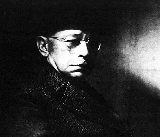 Portrét architekta Otto Rothmayera