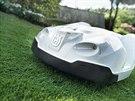Automatické robotické sekačky pro stále krásný trávník