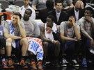 JE TO ŠPATNÉ..Na lavičce týmu Oklahoma City není zrovna veselo. Do konce...
