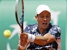 Tom� Berdych v souboji 2. kola Roland Garros s Aleksandrem N�dovjesovem.