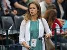 Kim Searsová, přítelkyně Andy Murrayho sleduje zápas svého milého ve 2. kole...