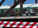 Vlak na pražské Výtoni srazil člověka, který si lehl do kolejiště. Na místě