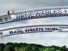 Protestní akce hnutí Greenpeace u lanžhotského plynovodu (středa, 28. května...