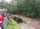 Takovou spoušť za sebou zanechala povodňová vlna, která vznikla po protržení...
