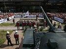 Pro Rinata Achmetovova v Doněcké a Luhanské oblasti v mohutných strojírenských...