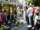 Stovky Ukrajinců čekaly 25. května ve frontě před ambasádou v Praze, kde volili...