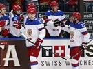PRO POCHVALU. Ruští hokejisté slaví gól ve čtvrtfinále MS.