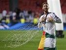 HRDINA FIN�LE. Obr�nce Sergio Ramos z Realu Madrid se raduje z v�t�zstv� v Lize...