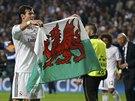 JÁ JSEM Z WALESU. Útočník Gareth Bale z Realu Madrid se po vítězném finále Ligy...