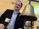 Slavnostním úderem na IPO zvon a naražením dobového sudu s pivem zahájil 28.