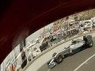 Nico Rosberg s mercedesem ve Velk� cen� Monaka.