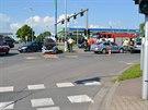 Nehoda policejního auta s dalším vozem se stala na křižovatce ulic Pilnáčkova a Akademika Bedrny v Hradci Králové (25.5.2014).