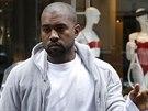 Kanye West trávil den před svatbou ve Francii.