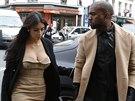 Kim Kardashianová a Kanye West v Paříži. Odtud se letecky přesunuli do...
