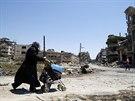 Do válkou poničeného Homsu se zvolna vrací lidé. Z jejich domů ale zbyli jen...
