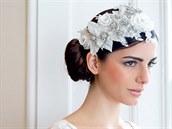 Široká květinová čelenka inspirovaná 20. léta s perlami, Glitzy Secrets