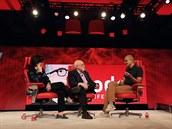 Šéf Microsoftu Satya Nadella na konferenci Code, kde představil překládání...