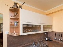 Zvětšení panelákové kuchyňské linky