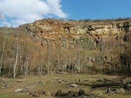 Kráter bývalé sopky u obce Vinařice nedaleko Kladna