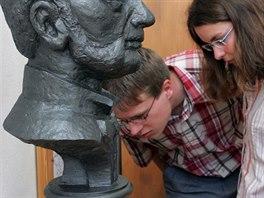 V Metánově na Pelhřimovsku mají muzeum Jakuba Hrona. V něm jsou k vidění...