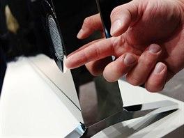 Sony 4K: Nezvykle tlust� t�lo televizoru se pozitivn� odraz� p�edev��m na...