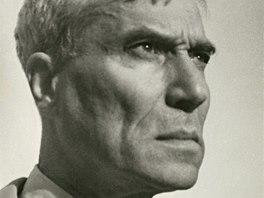 "Boris Pasternak na fotografii Sta�i Fleischmannov� z roku 1956. ""Po ud�len�"