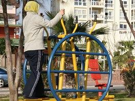 Fitness po turecku aneb posilovna pod širým nebem