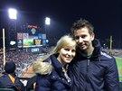 David Semerád se svou ženou na baseballovém utkání Giants.