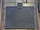 Pamětní deska na budově Bartolomějská 10.