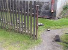 Ve Stříbrné po zemětřesení spadl komín (31.5.2014).