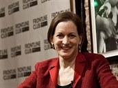 Novin��ka Anne Applebaumov�, man�elka polsk�ho ministra zahrani�� Radoslawa...
