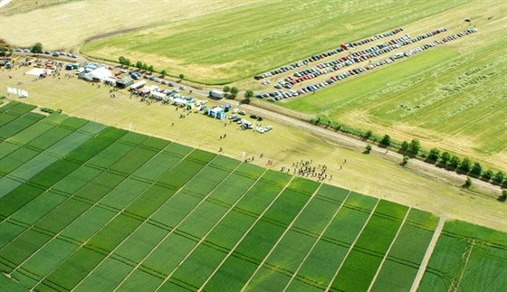 Přijďte na Polní den, dozvíte se novinky ze zemědělství a chovatelství