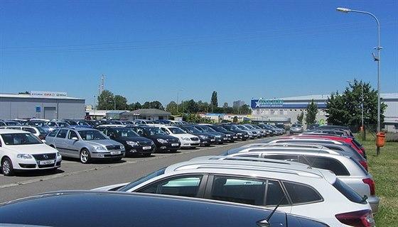 Vysok� spolehlivost p�i prodeji �i v�kupu ojet�ho vozu je pro Autocar Tich�...