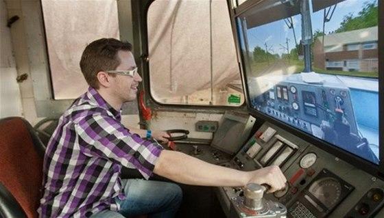 V Malém světě techniky v Ostravě si vyzkoušíte řízení vlaku