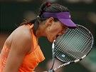 VAMOS! Španělská tenistka Garbine Muguruzaová trápí ve čtvrtfinále Roland...