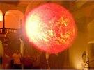 Slunce se vám představí jako dárce, stvořitel i hvězda smrti