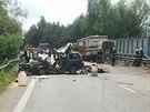 Nehoda tří osobních aut a náklaďáku nedaleko Bystřice před 13 hodinou zastavila...