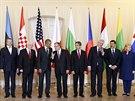 Americký prezident Barack Obama debatoval ve Varšavě s prezidenty států NATO ze...