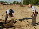 Archeologové kvůli poničení naleziště v Měníně zavolali policii.