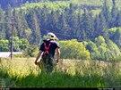 V Beskydech se na v�ce ne� hodinu zasekla lanovka na Javorov� vrch. (8. �ervna...