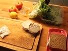 Ingredience na salát po vybalení z krabice